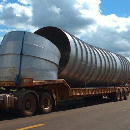 Descubra os cuidados necessários para o transporte de equipamentos industriais